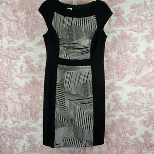 Anne Klein Dress Size 8 Cap Sleeve Shift Back